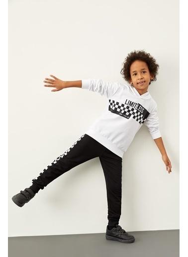 DeFacto Erkek Çocuk Baskılı Kapüşonlu Sweatshirt Beyaz